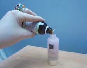 DIY serum acne-fighting